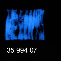 Glow Glass Dust hell blau 20g