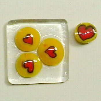 MILLEFIORI-Scheiben rot-gelb Herz d: 8-10mm, 100g